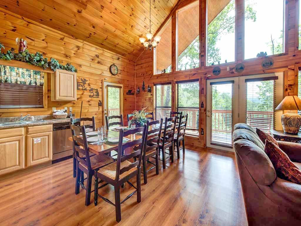Photo of a Sevierville Cabin named Our Mountain Getaway - This is the fifth photo in the set.