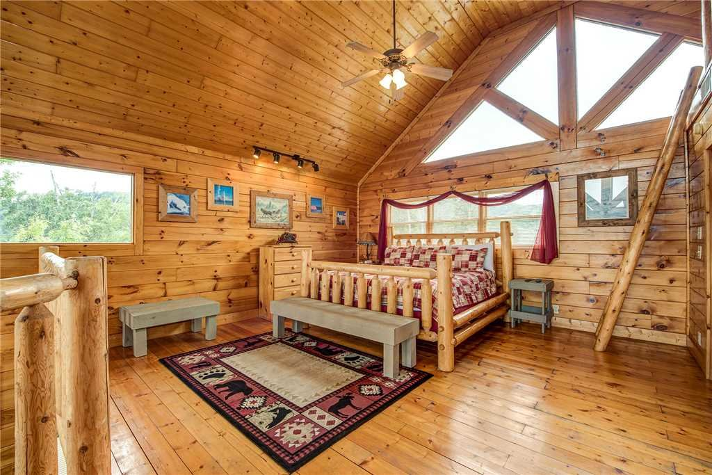 Photo of a Sevierville Cabin named Mountain Seduction - This is the fifteenth photo in the set.
