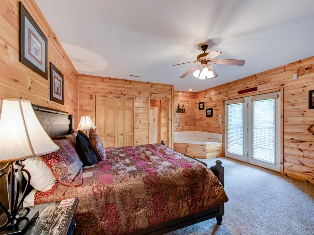 Photo of a Sevierville Cabin named Our Mountain Getaway - This is the sixteenth photo in the set.