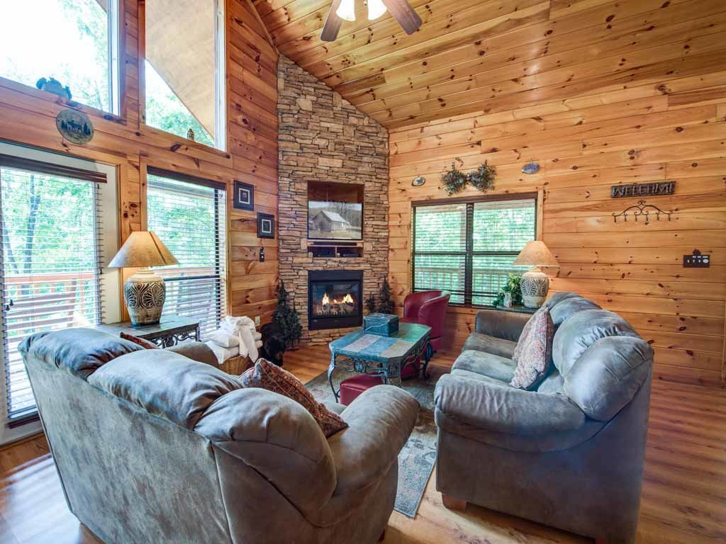 Photo of a Sevierville Cabin named Our Mountain Getaway - This is the first photo in the set.