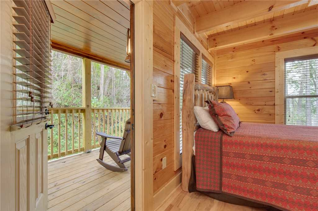 Photo of a Gatlinburg Cabin named Simply Unforgettable - This is the eighteenth photo in the set.