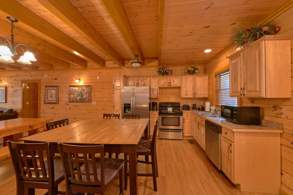 Photo of a Sevierville Cabin named Pool And Theater Lodge - This is the seventeenth photo in the set.