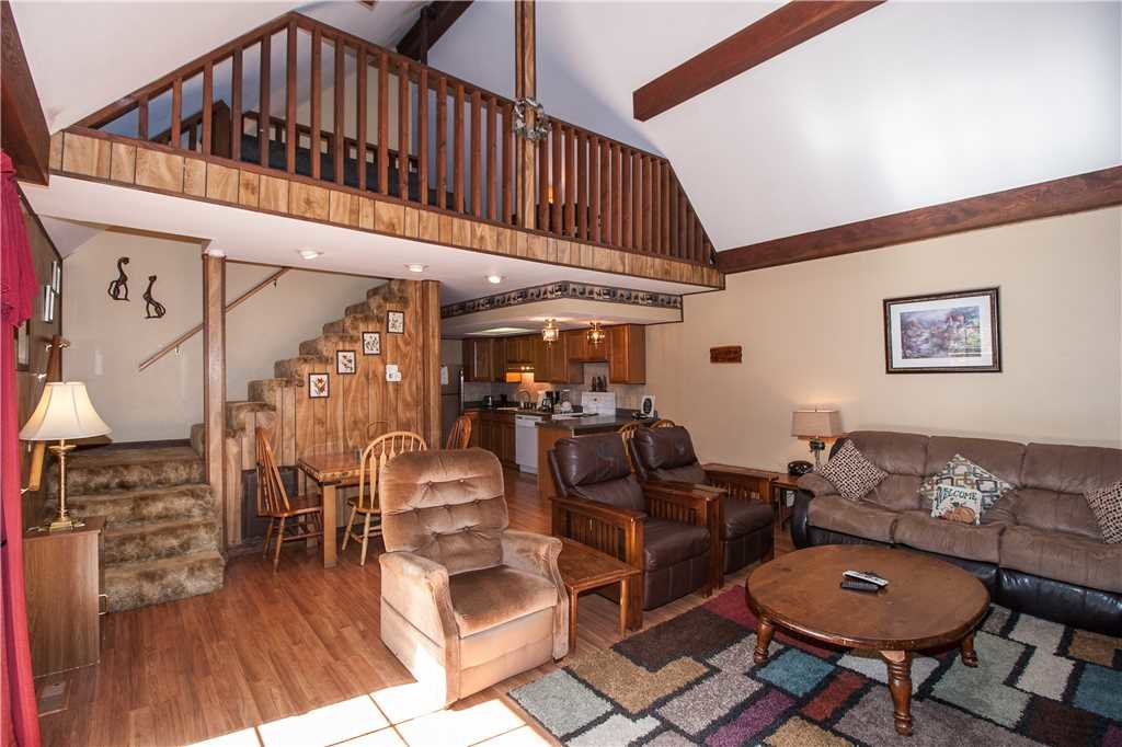 Photo of a Gatlinburg Cabin named River Chalet - This is the second photo in the set.