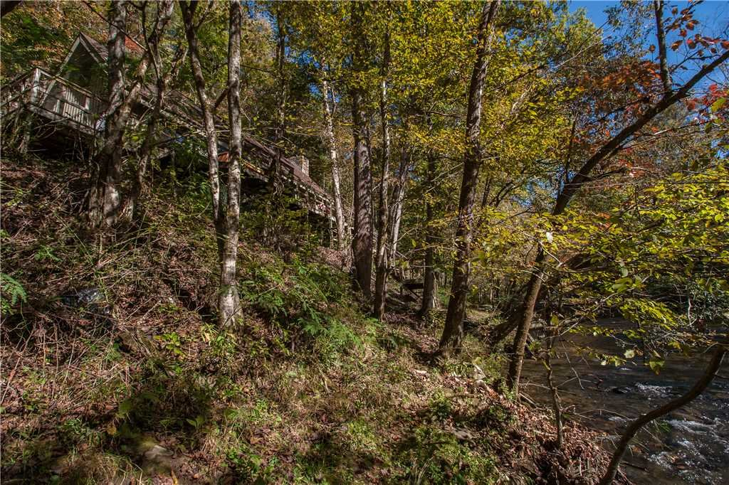 Photo of a Gatlinburg Cabin named River Chalet - This is the seventeenth photo in the set.