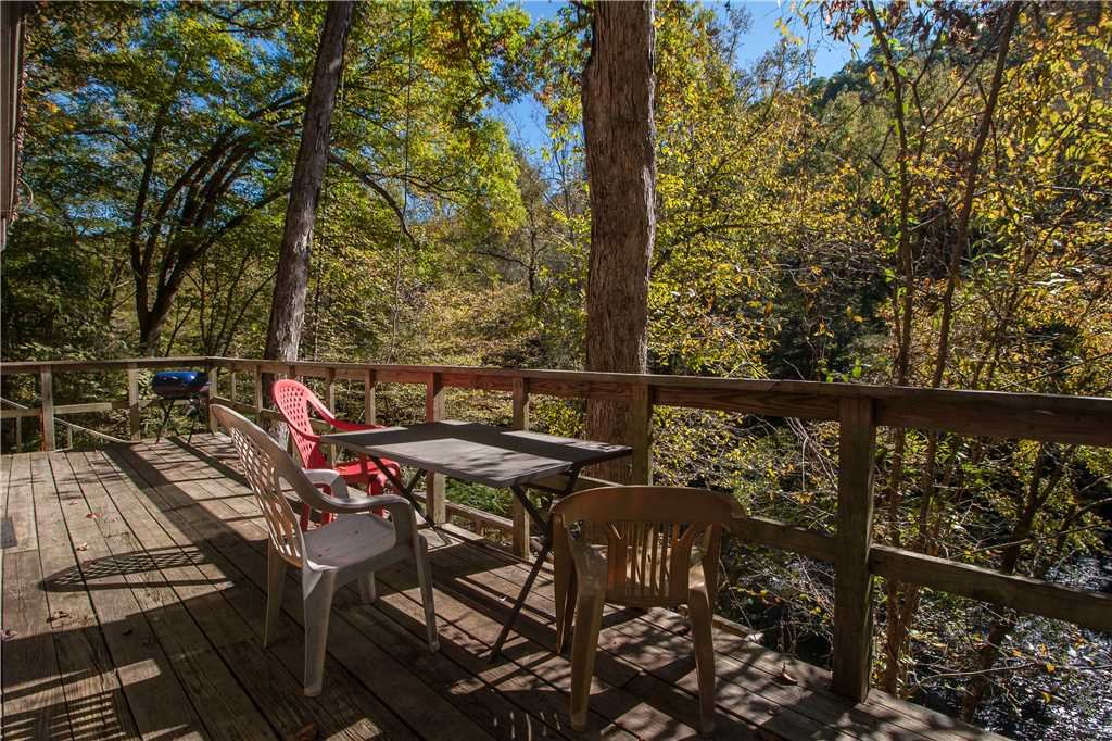 Photo of a Gatlinburg Cabin named River Chalet - This is the fourteenth photo in the set.