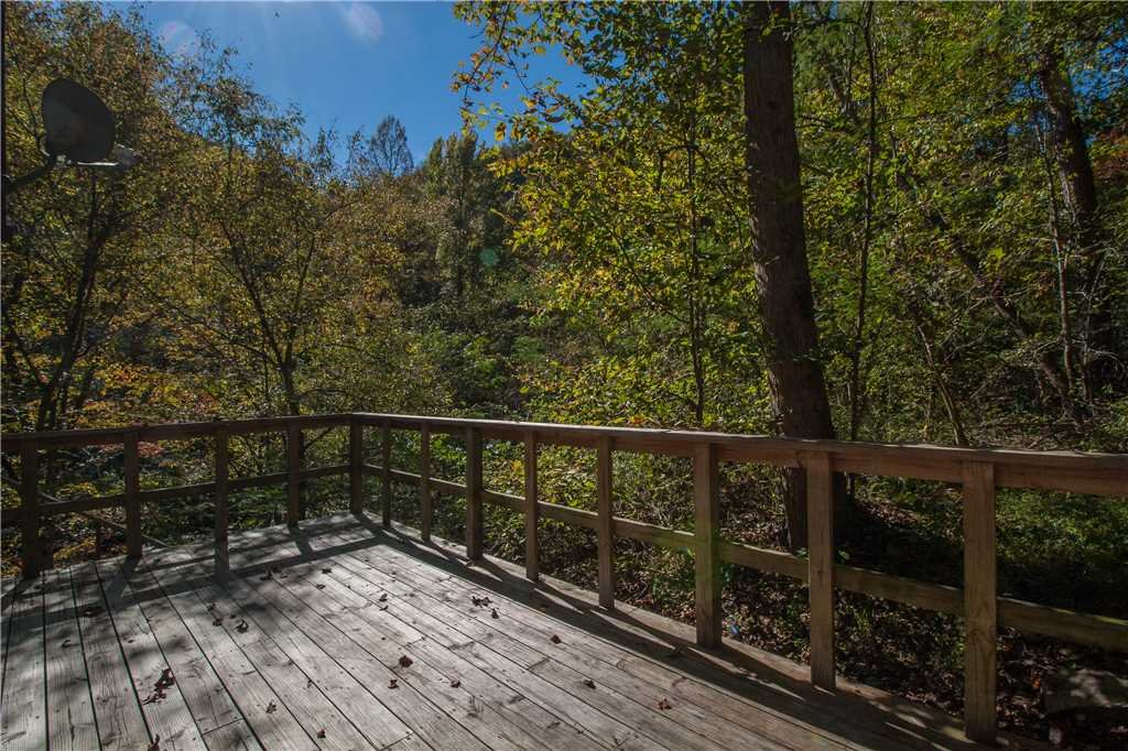 Photo of a Gatlinburg Cabin named River Chalet - This is the twentieth photo in the set.
