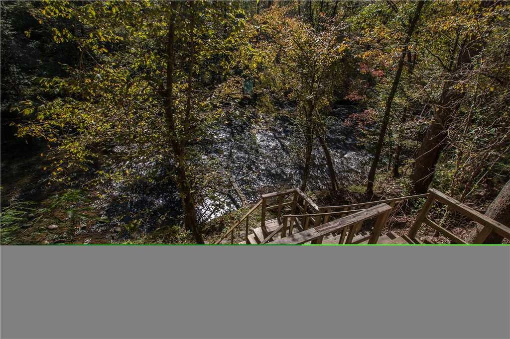 Photo of a Gatlinburg Cabin named River Chalet - This is the eighteenth photo in the set.