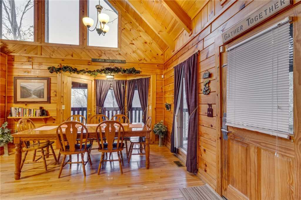 Photo of a Gatlinburg Cabin named Do Not Disturb - This is the twelfth photo in the set.