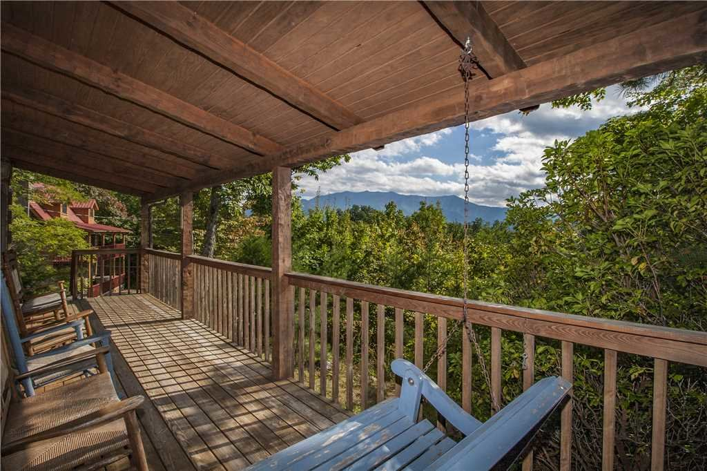 Photo of a Gatlinburg Cabin named Appalachian Splendor - This is the first photo in the set.