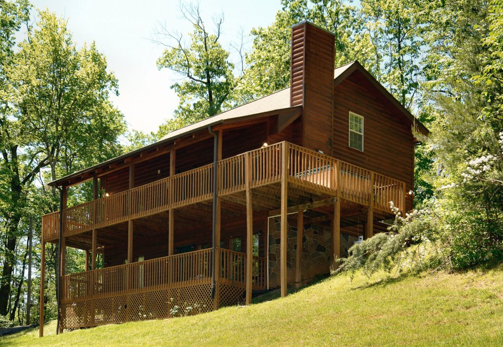 Photo of a Gatlinburg Cabin named Love & Laughs #11 - This is the first photo in the set.