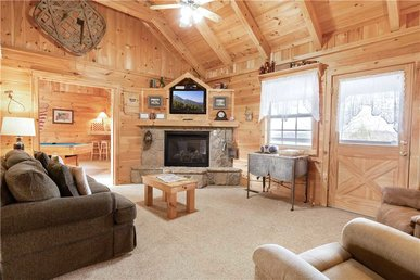 Beyond Paradise, 1 Bedroom, Hot Tub, Fireplace, Wifi, Grill, Sleeps 2