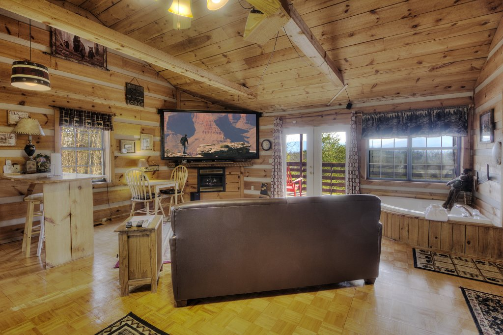 Photo of a Sevierville Cabin named A Panoramic View 2 #139 - This is the seventeenth photo in the set.