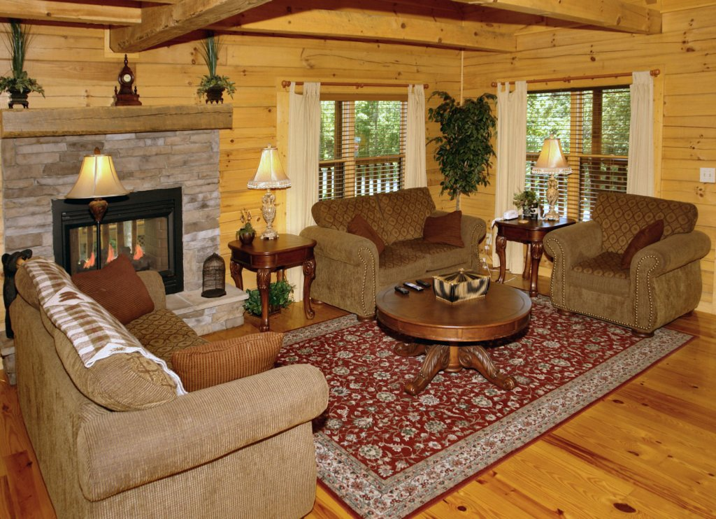 Photo of a Pigeon Forge Cabin named Trout House #350 - This is the eighth photo in the set.