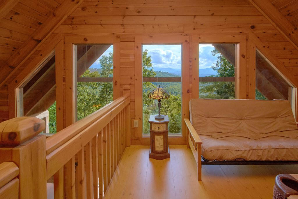 Photo of a Pigeon Forge Cabin named A View For All Seasons #405 - This is the thirty-second photo in the set.