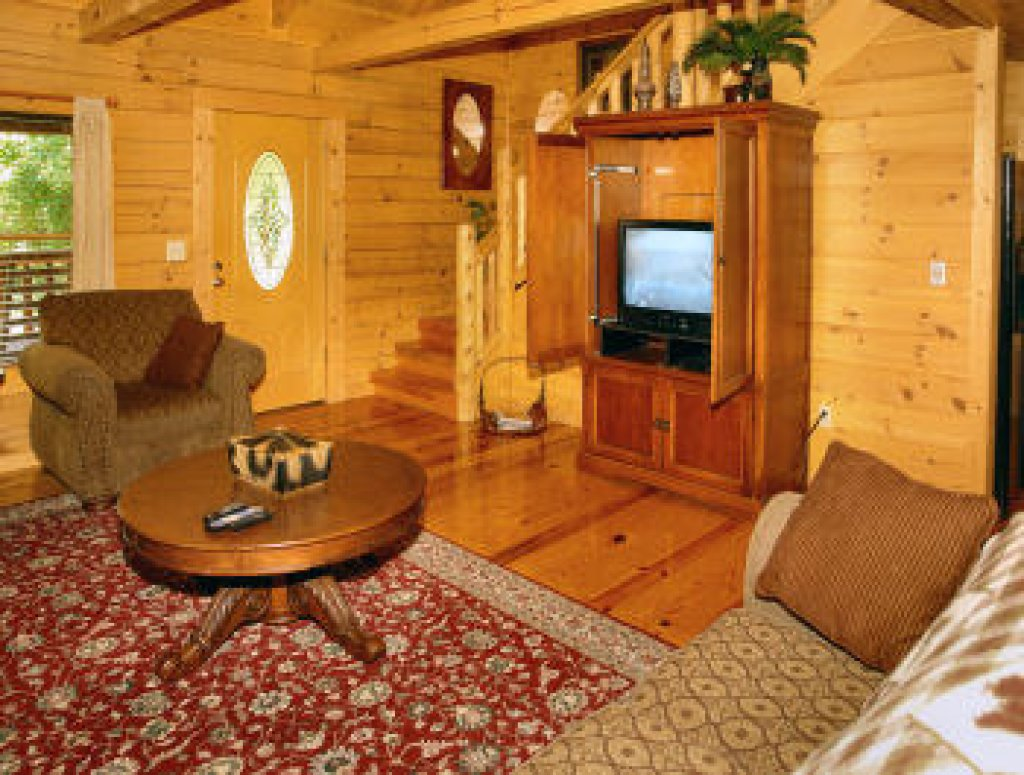 Photo of a Pigeon Forge Cabin named Trout House #350 - This is the forty-ninth photo in the set.