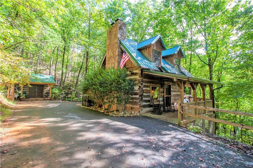 Photo of a Gatlinburg Cabin named Blessed Beyond Measure - This is the twenty-fourth photo in the set.