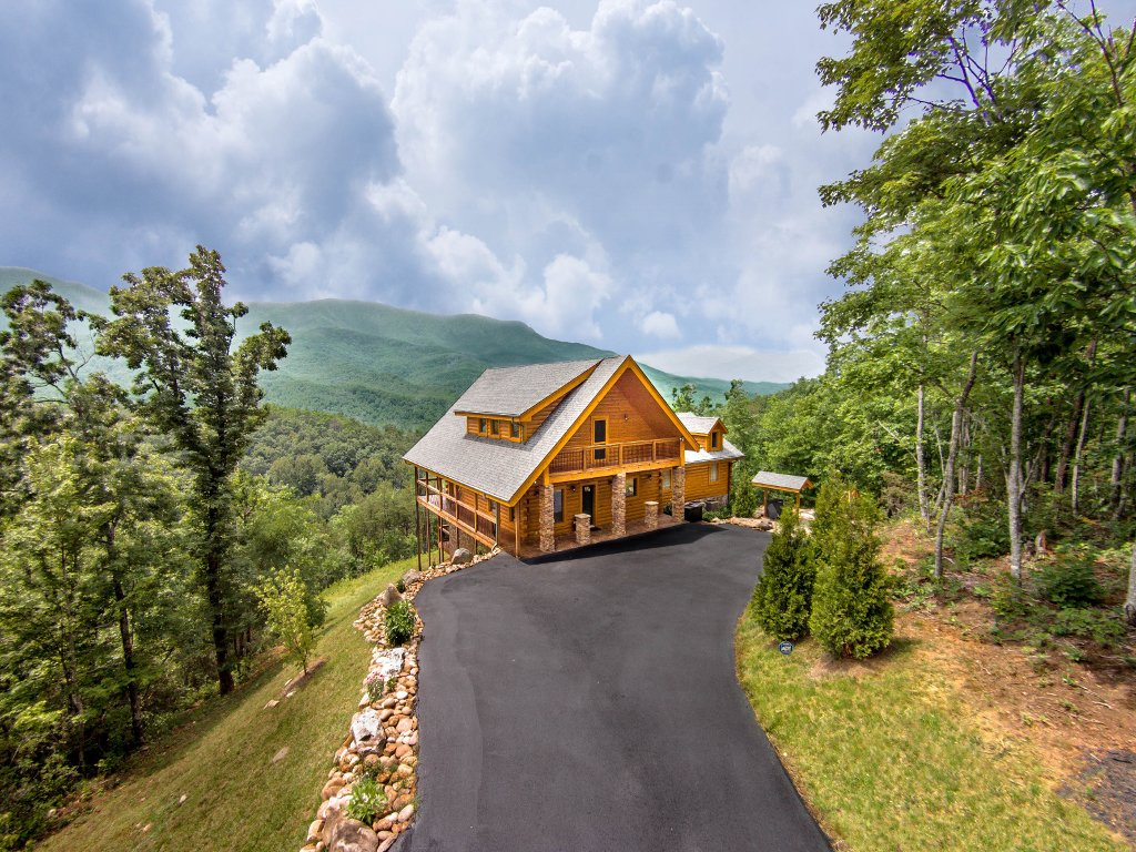 Photo of a Gatlinburg Cabin named Cloud Dancer Ii - This is the fiftieth photo in the set.