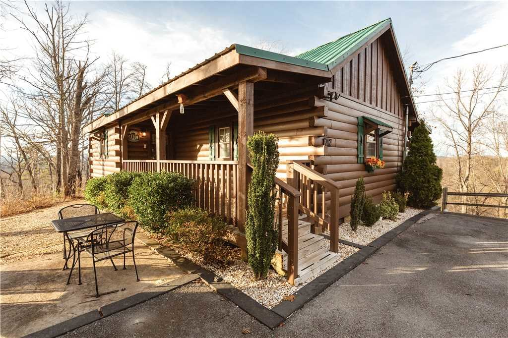 Photo of a Gatlinburg Cabin named Beyond Paradise - This is the nineteenth photo in the set.
