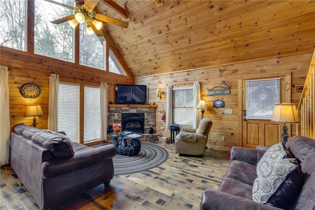 Photo of a Gatlinburg Cabin named The Bear Essentials - This is the first photo in the set.