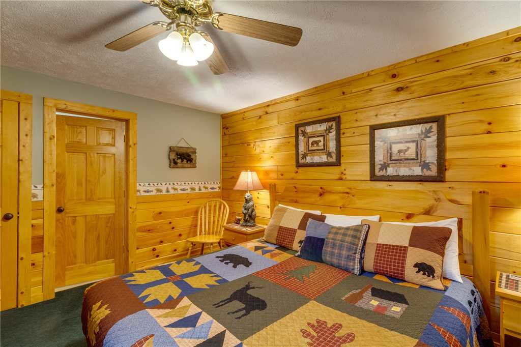 Photo of a Gatlinburg Cabin named The Bear Essentials - This is the twelfth photo in the set.