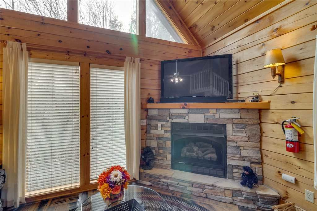 Photo of a Gatlinburg Cabin named The Bear Essentials - This is the third photo in the set.