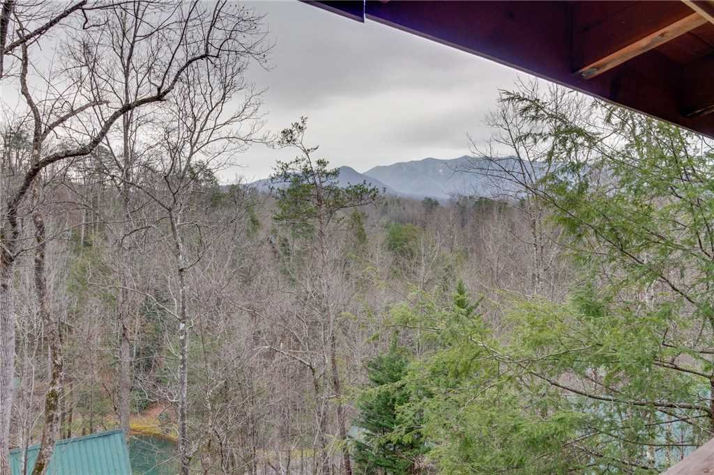 Photo of a Gatlinburg Cabin named The Bear Essentials - This is the twenty-ninth photo in the set.