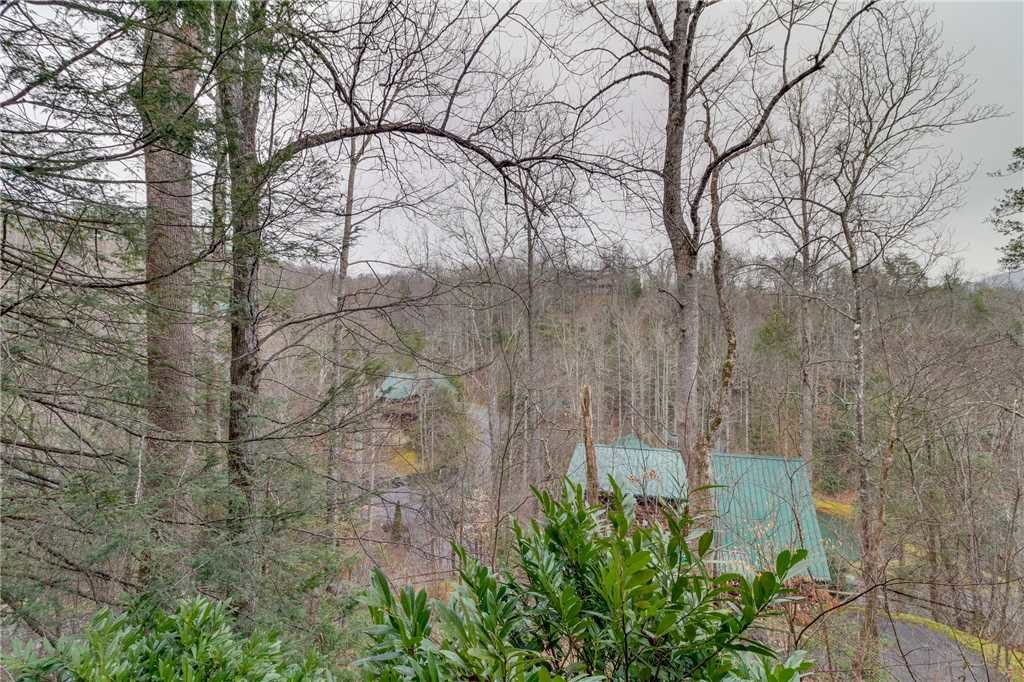 Photo of a Gatlinburg Cabin named The Bear Essentials - This is the forty-sixth photo in the set.