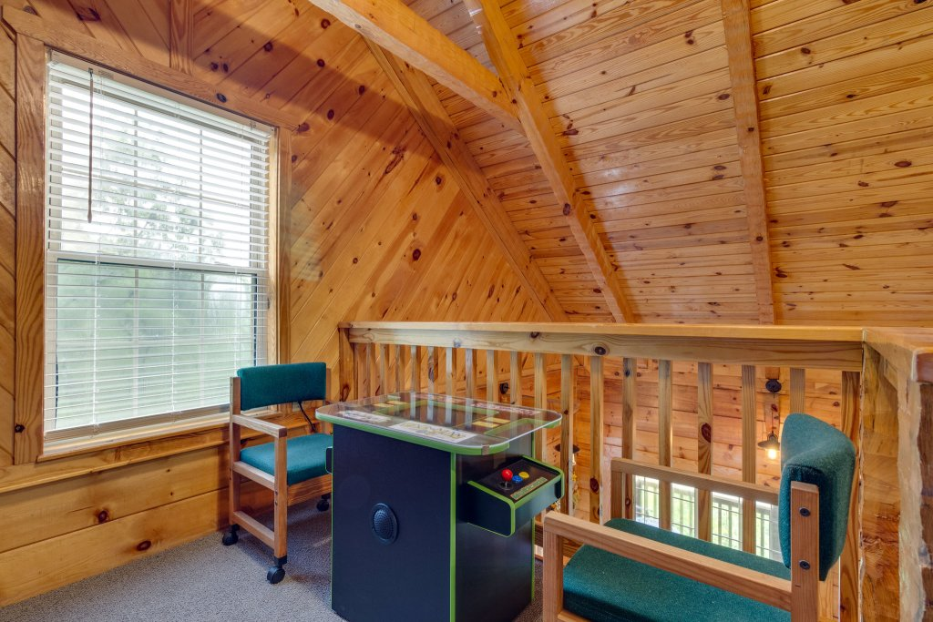 Photo of a Sevierville Cabin named Kickin' Back Jack - This is the thirty-eighth photo in the set.