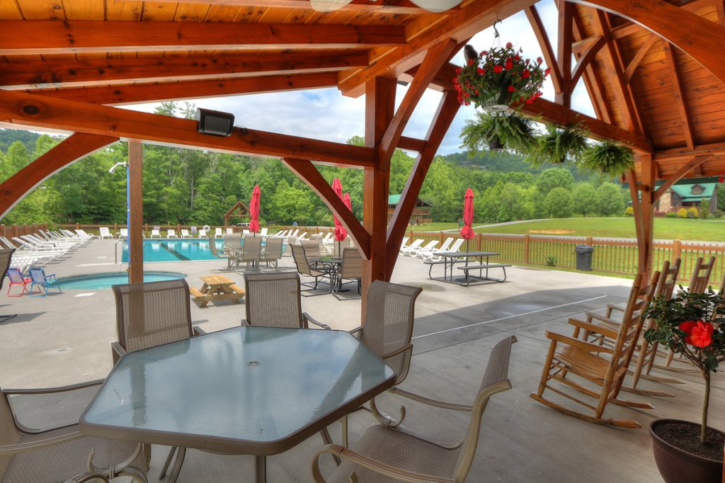Photo of a Sevierville Cabin named Kickin' Back Jack - This is the fifty-first photo in the set.
