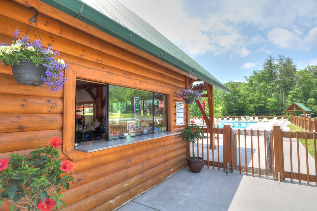 Photo of a Sevierville Cabin named Kickin' Back Jack - This is the forty-ninth photo in the set.