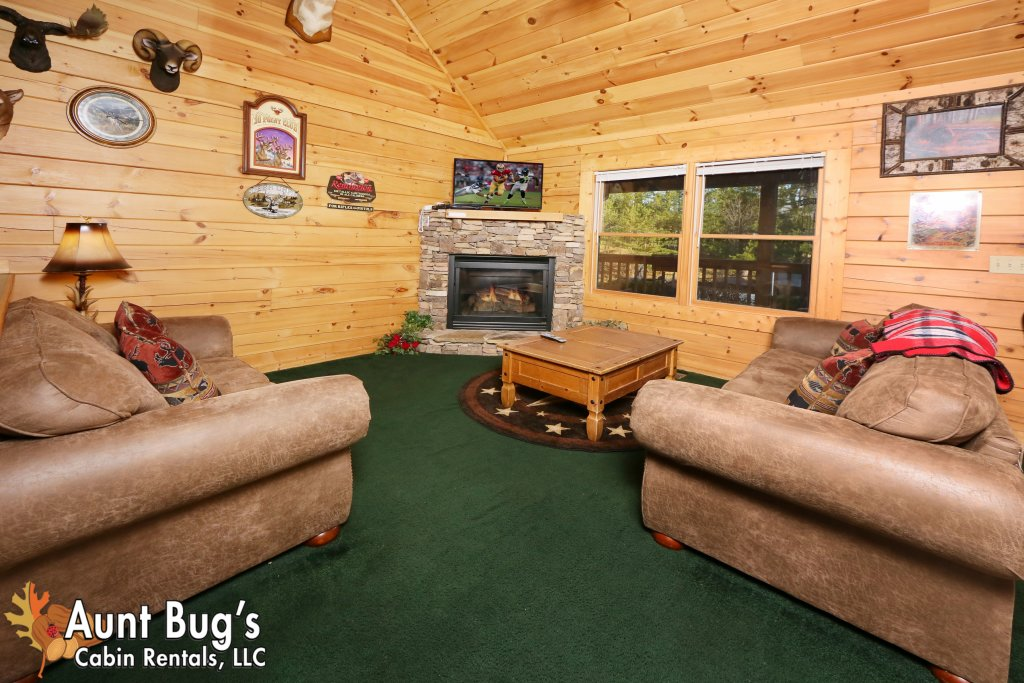 Photo of a Pigeon Forge Cabin named Shades Of The Past #230 - This is the thirteenth photo in the set.