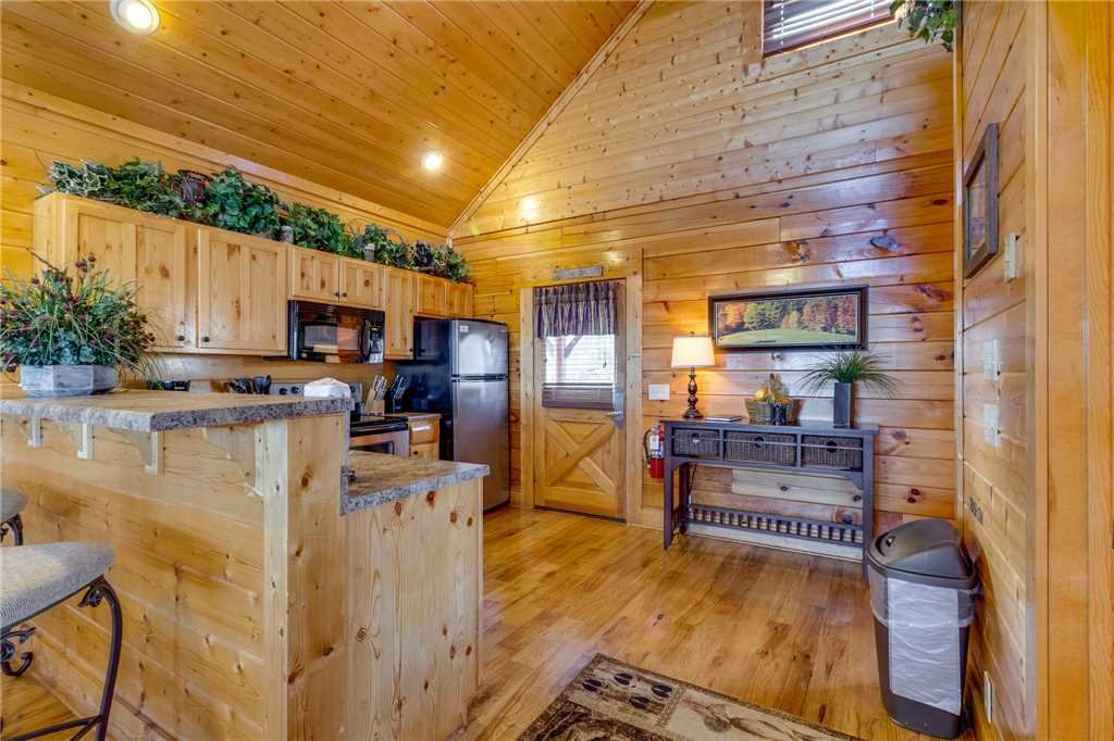 Photo of a Pigeon Forge Cabin named Southern Grace - This is the thirteenth photo in the set.