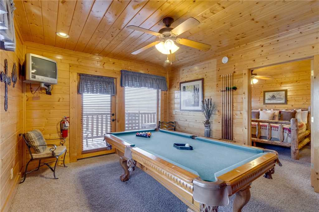 Photo of a Pigeon Forge Cabin named Southern Grace - This is the twenty-second photo in the set.