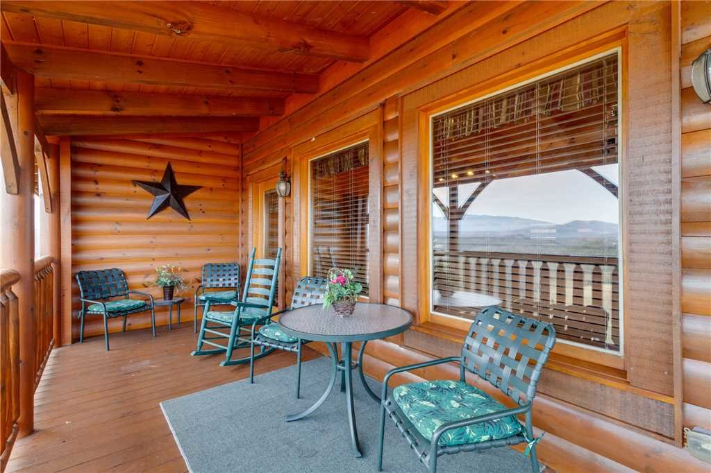 Photo of a Pigeon Forge Cabin named Southern Grace - This is the seventeenth photo in the set.