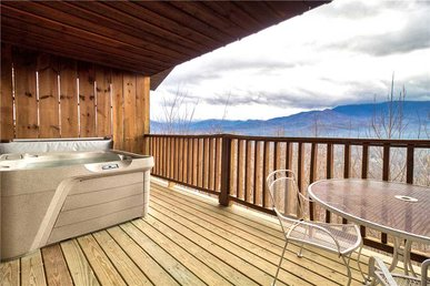 Park View 2, 2 Bedrooms, Mountain View, Hot Tub, Sleeps 4