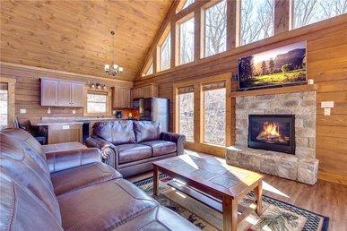 Lasting Impressions, 3 Bedroom, Hot Tub, Fireplace, Pets, Wifi, Sleeps 12