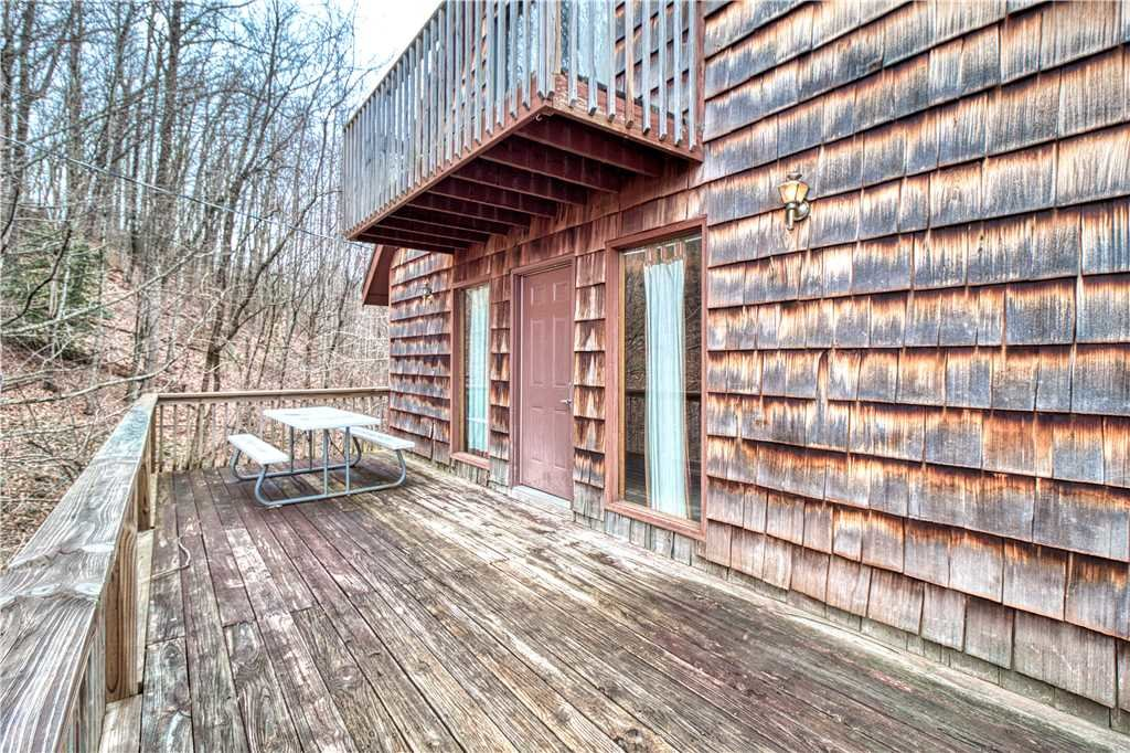Photo of a Gatlinburg Cabin named Overview - This is the twenty-first photo in the set.