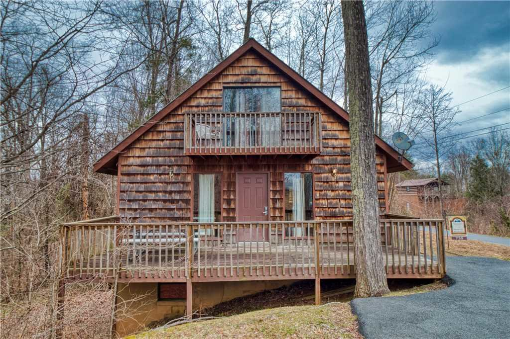 Photo of a Gatlinburg Cabin named Overview - This is the twenty-third photo in the set.