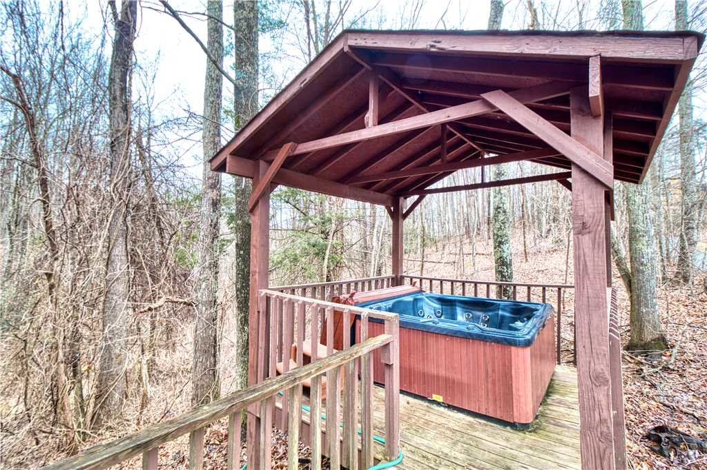 Photo of a Gatlinburg Cabin named Overview - This is the nineteenth photo in the set.