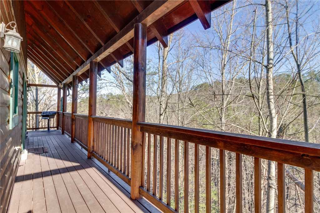 Photo of a Pigeon Forge Cabin named Robin's Rest - This is the fifty-first photo in the set.