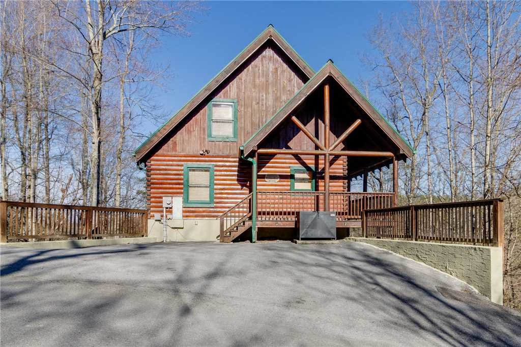 Photo of a Pigeon Forge Cabin named Robin's Rest - This is the fifty-fifth photo in the set.