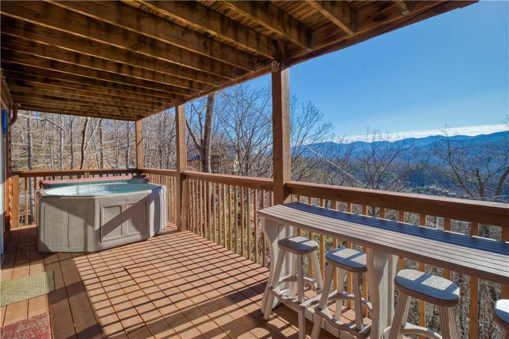 Photo of a Gatlinburg Cabin named Black Bear Lookout - This is the second photo in the set.