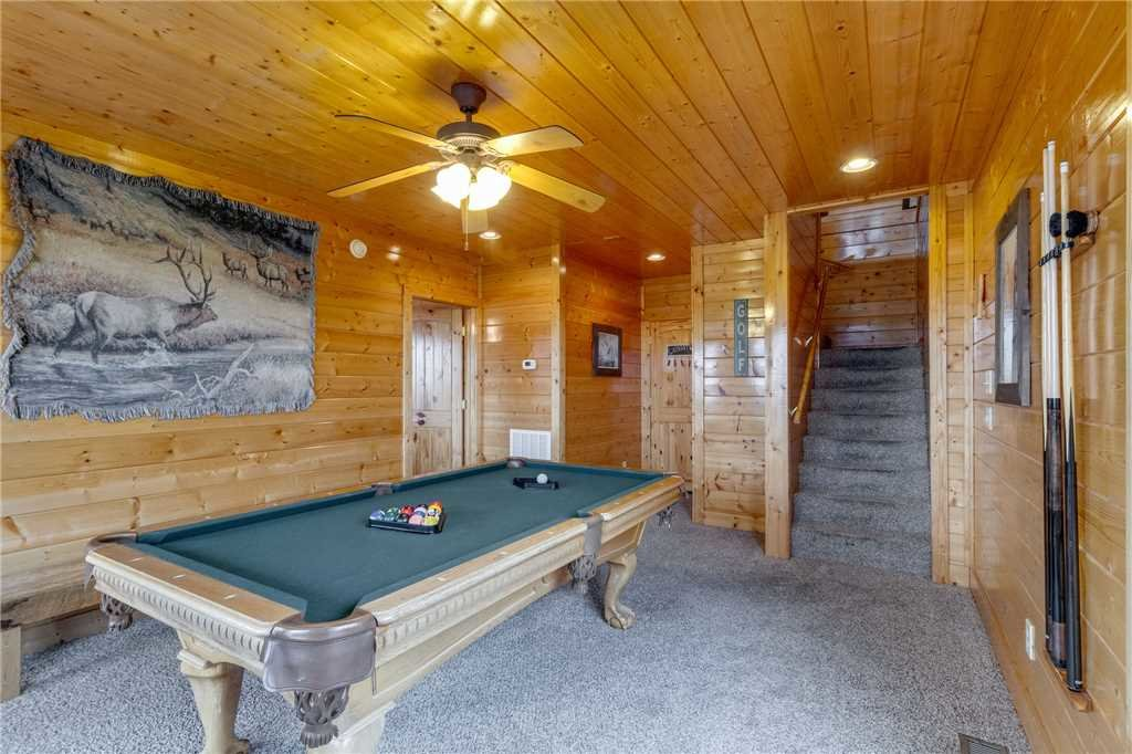 Photo of a Pigeon Forge Cabin named Pleasant View Ridge - This is the thirty-first photo in the set.