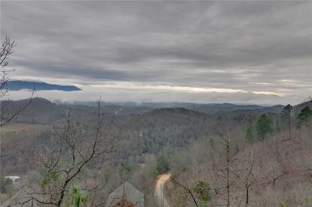 Photo of a Pigeon Forge Cabin named Pleasant View Ridge - This is the forty-sixth photo in the set.