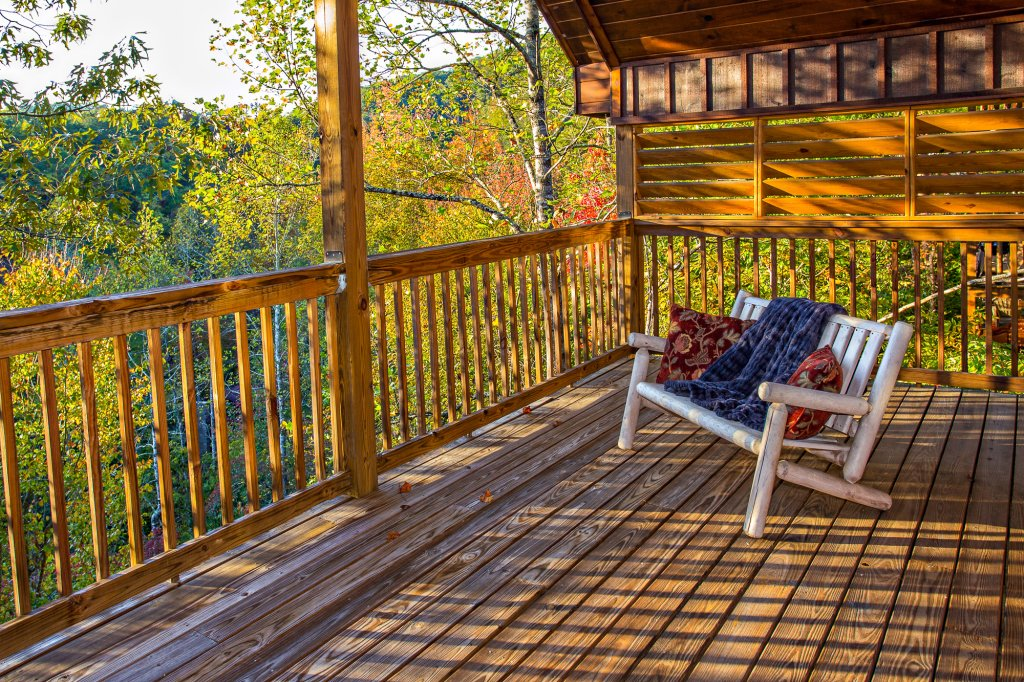 Photo of a Pigeon Forge Cabin named Majestic Forest - This is the twenty-sixth photo in the set.