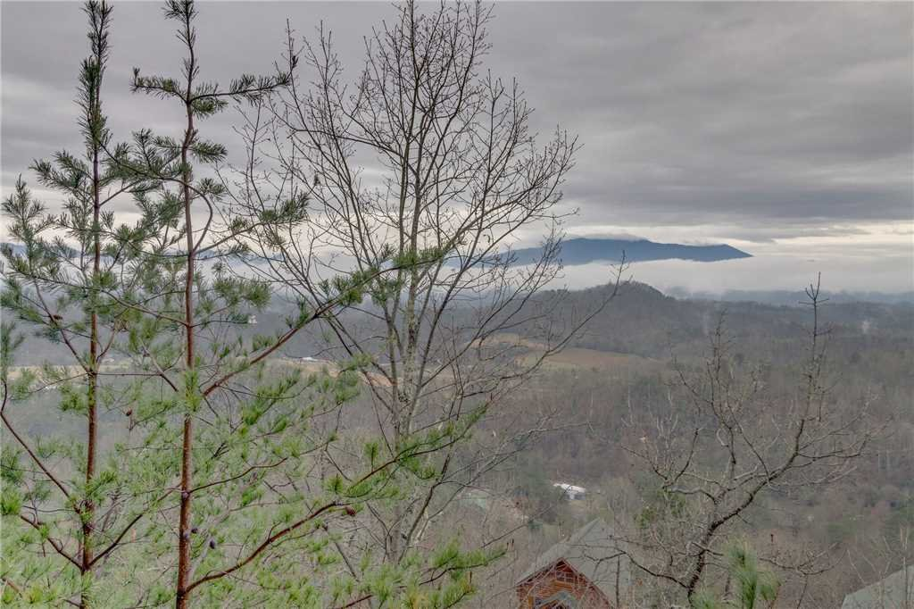 Photo of a Pigeon Forge Cabin named Pleasant View Ridge - This is the forty-seventh photo in the set.