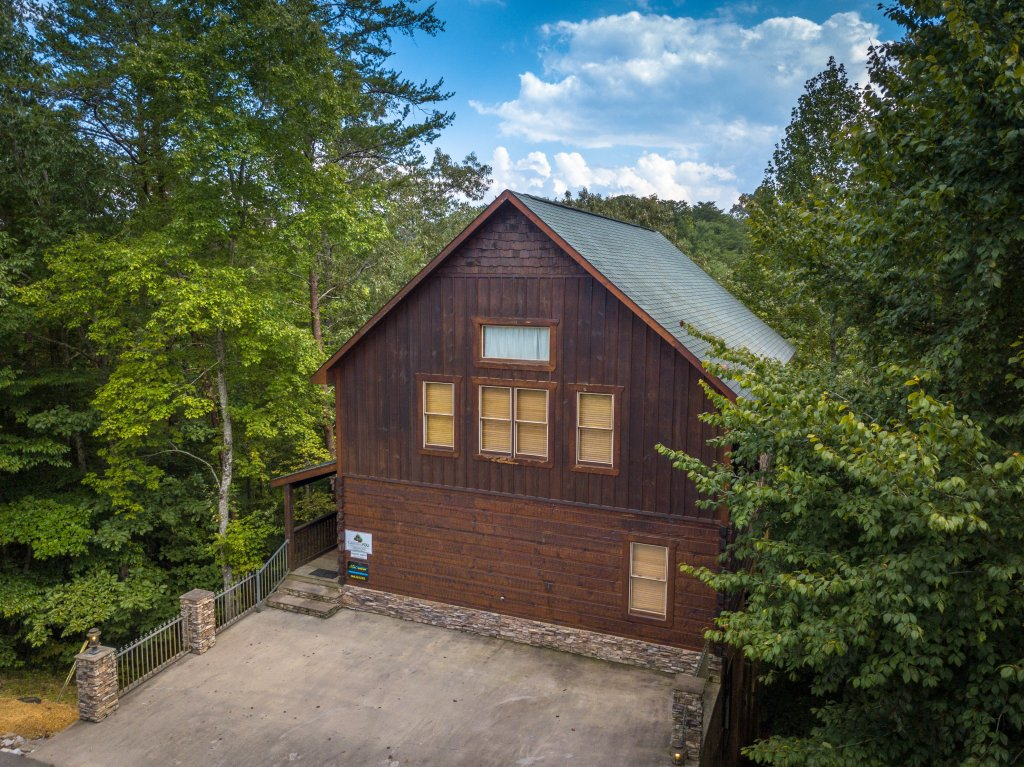 Photo of a Pigeon Forge Cabin named Majestic Forest - This is the fortieth photo in the set.