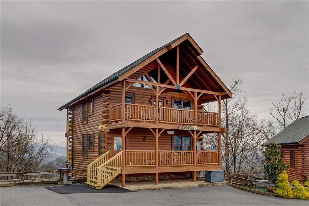 Photo of a Pigeon Forge Cabin named Bearly Believable - This is the fifty-seventh photo in the set.