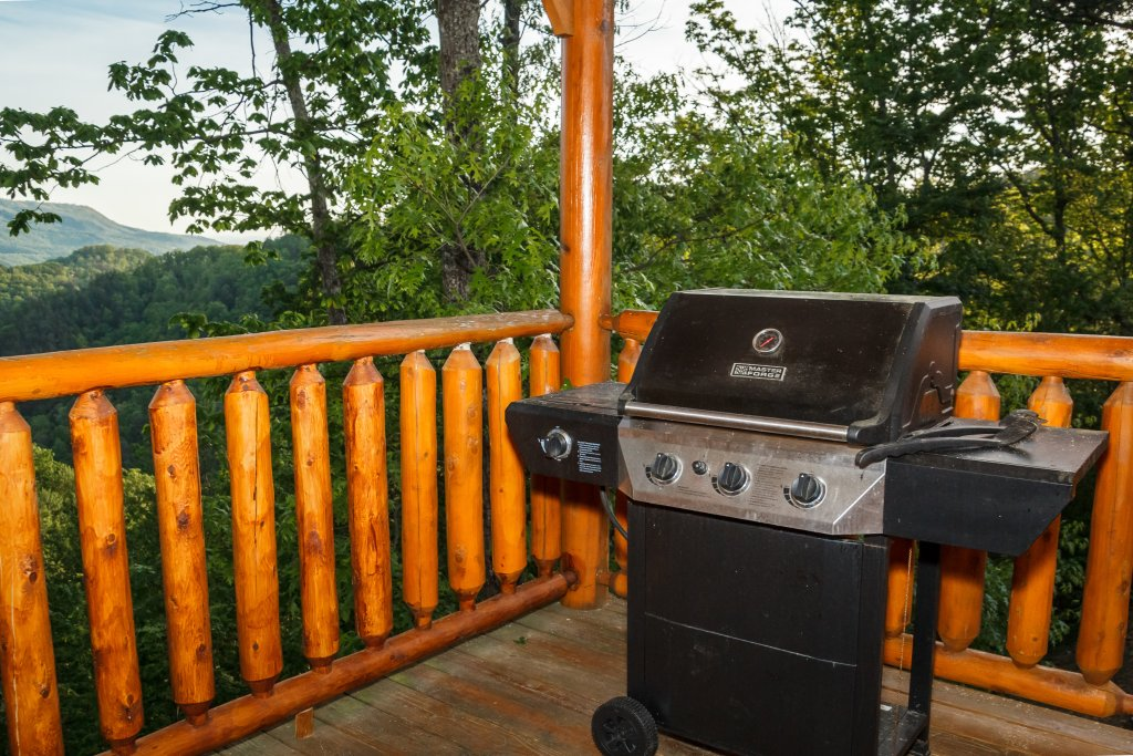 Photo of a Sevierville Cabin named Dream On High - This is the sixth photo in the set.