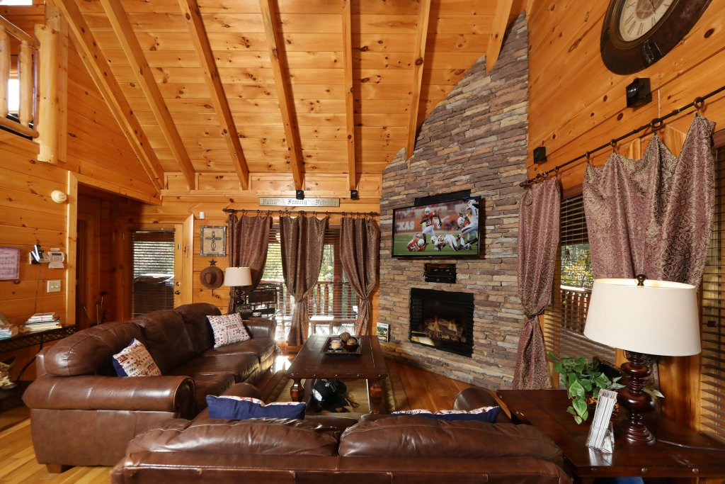 Photo of a Pigeon Forge Cabin named Amazing Grace - This is the seventh photo in the set.